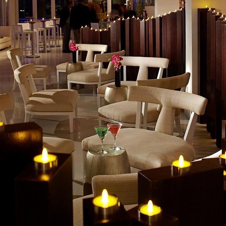 Candlestick_Lounge