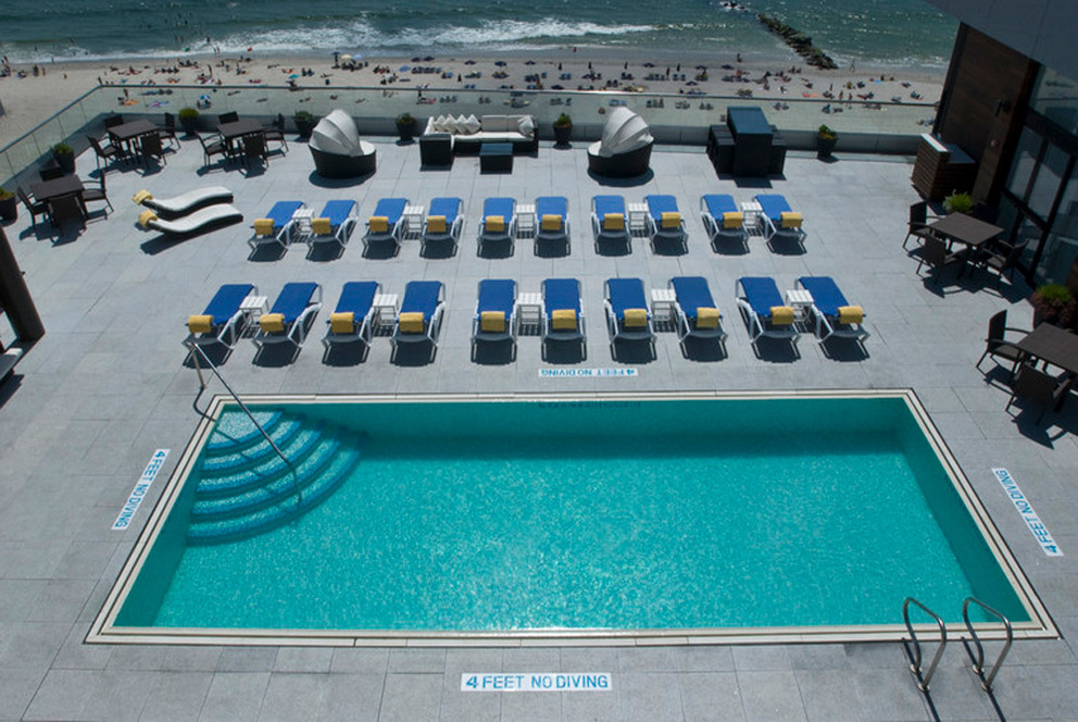 See Long Beach Ny From Our Rooftop Pool