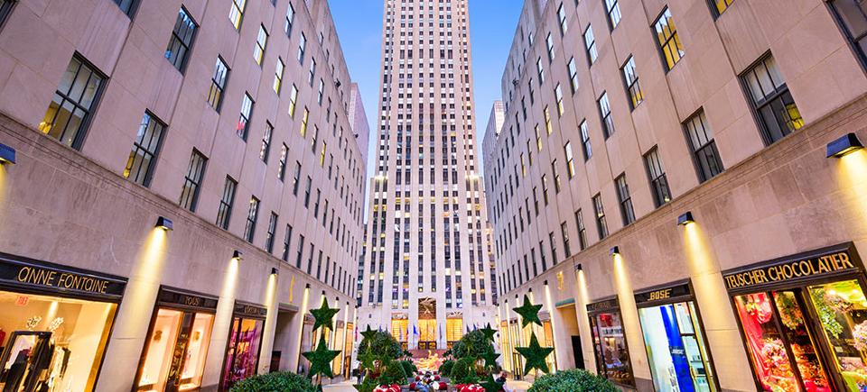 Resultado de imagem para Hotel at Rockefeller Plaza
