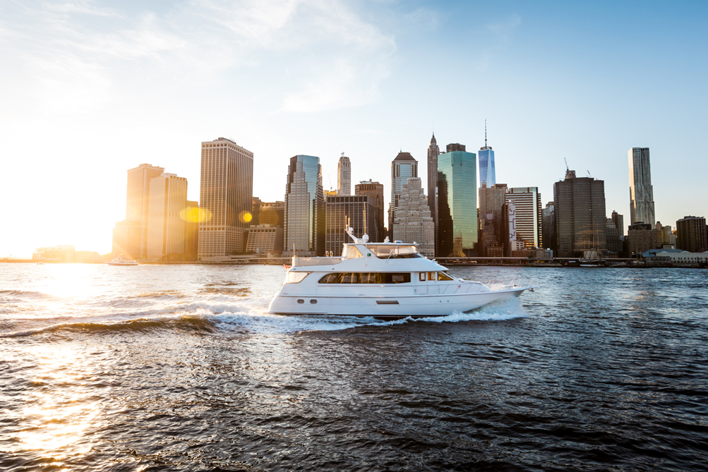 //cdn.traveltripper.io/site-assets/192_701_15987/media/2018-05-21-034416/royalton-see-new-york-from-a-new-perspective-the-sea-yacht.png
