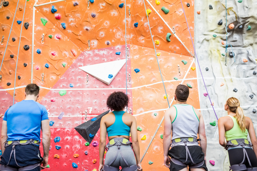 group-in-climbing-gym-creative-corporate-activities-in-nyc