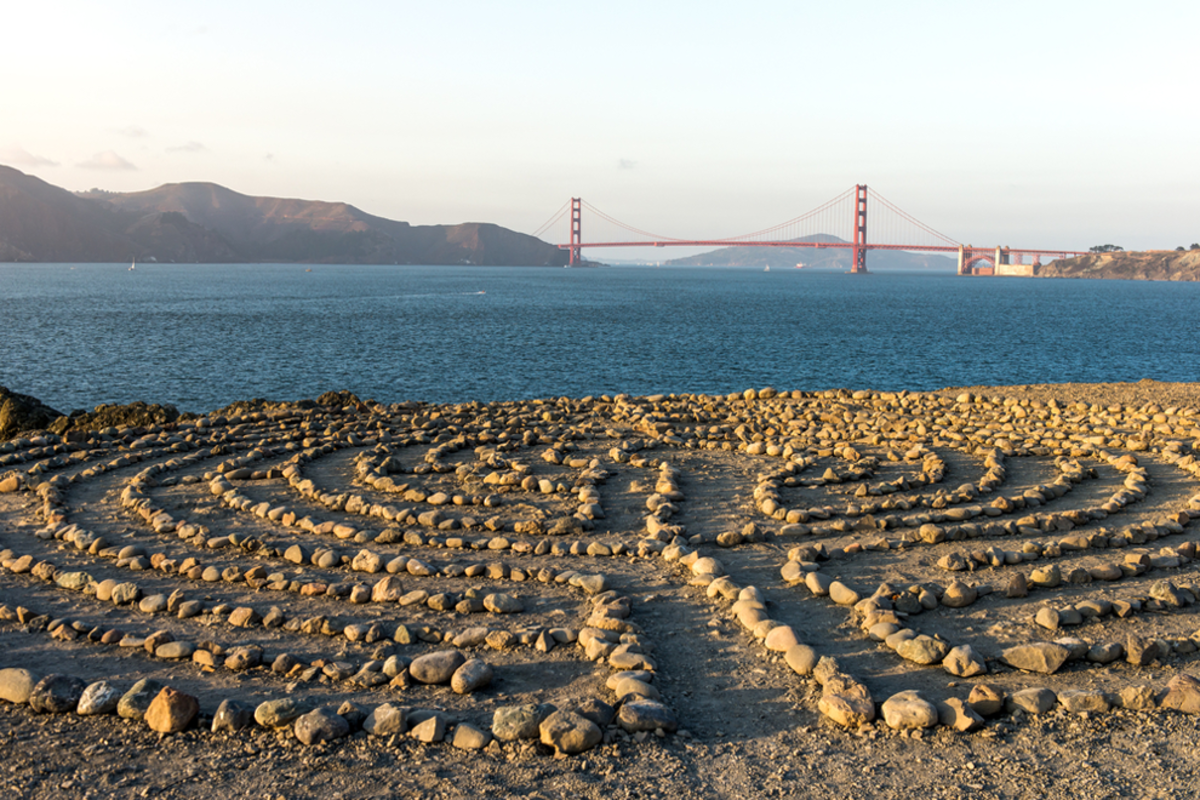 lands-end-labyrinth-golden-gate-bridge-in-background