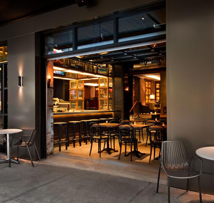 NYLO-NYC-LOCL-Bar-Exterior