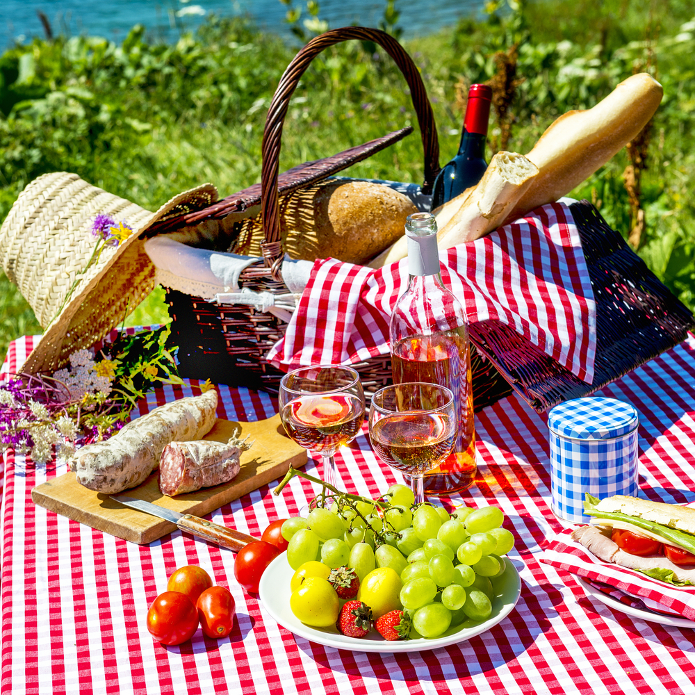 5 Ideas For A Picnic In Central Park