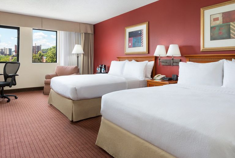 hotel-two-double-beds-beacon-street