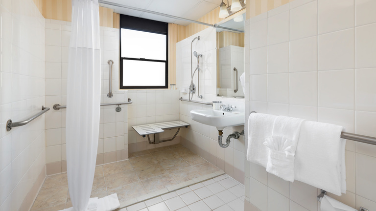 Whitcomb-Bath-3-ADA-Web