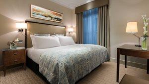 <h5>SUITES<br />Executive Junior Suite at St. James' Court, a Taj Hotel</h5>