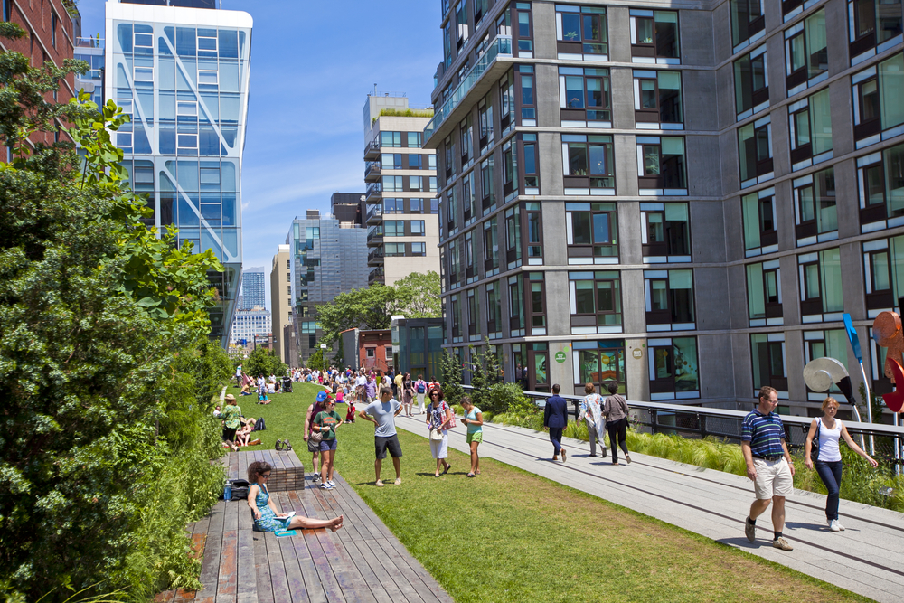 new-yorker-5-parks-in-manhattan-to-discover-this-summer-high-line