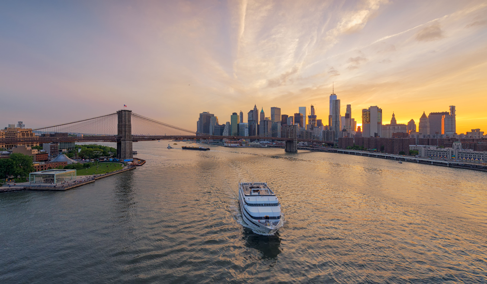 new-yorker-sail-around-new-york-city