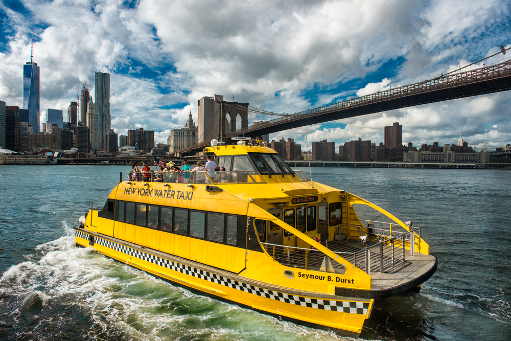 new-yorker-sail-around-new-york-city-water-taxi