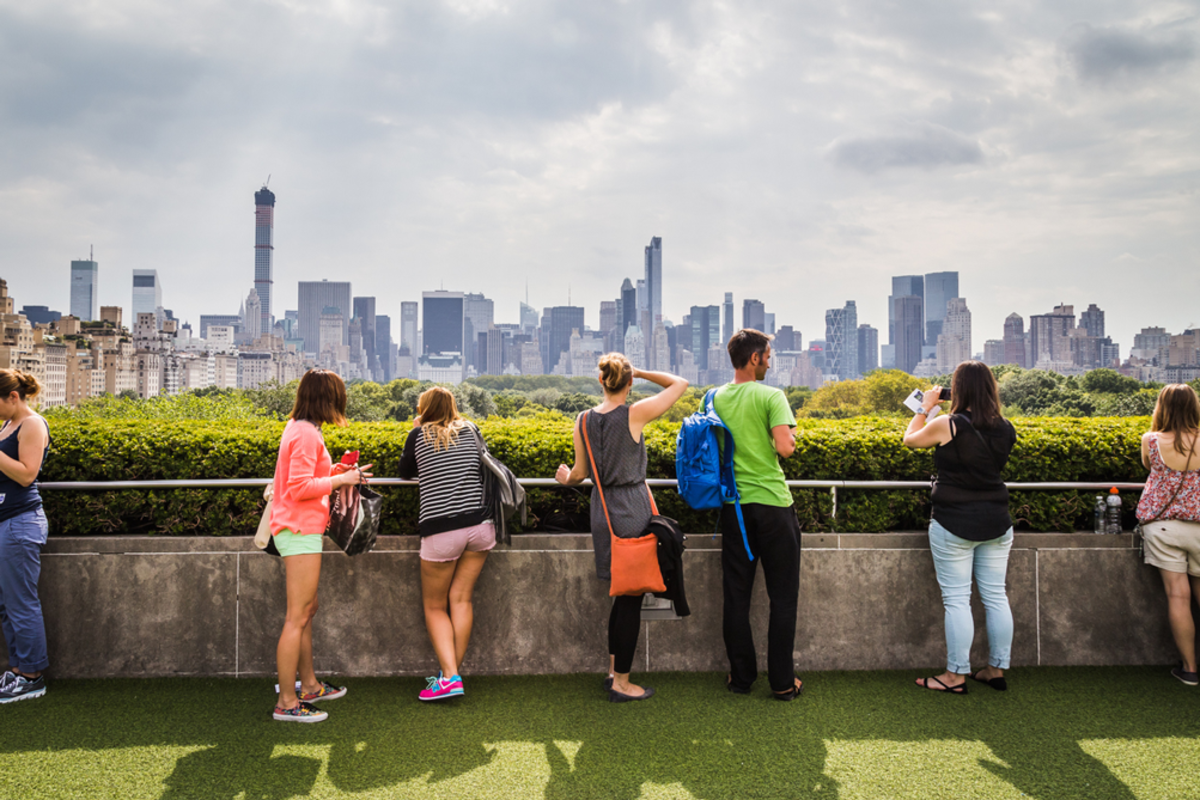 new-yorks-tallest-attractions-met-rooftop-garden
