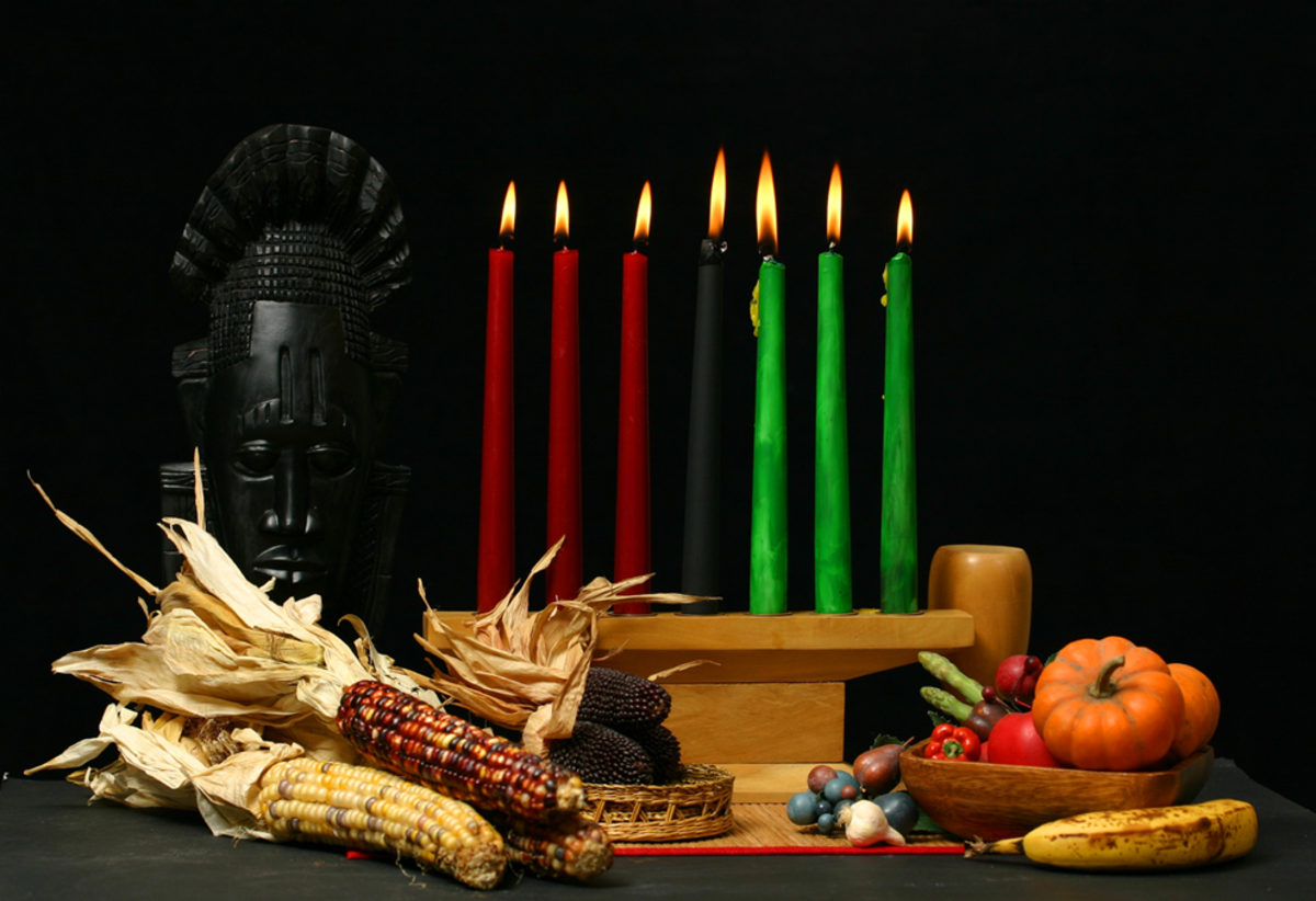 kwanzaa-candles-decorations-in-nyc