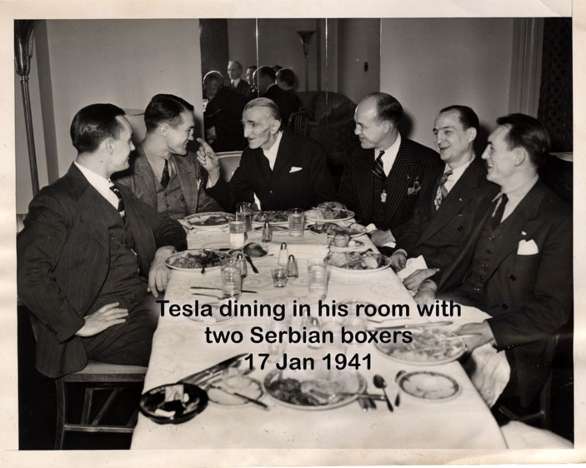 nikola-tesla-having-dinner-with-boxers-at-the-new-yorker-hotel