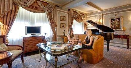 Video-Tour the Hotel Elysée
