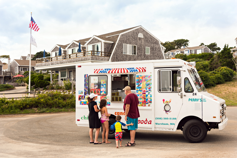 Ice Cream Truck at Chatham Tides