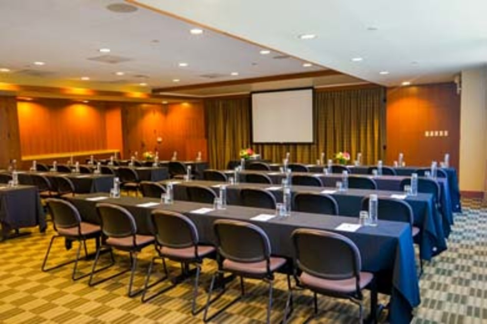Mainsail Ballroom Meeting Room
