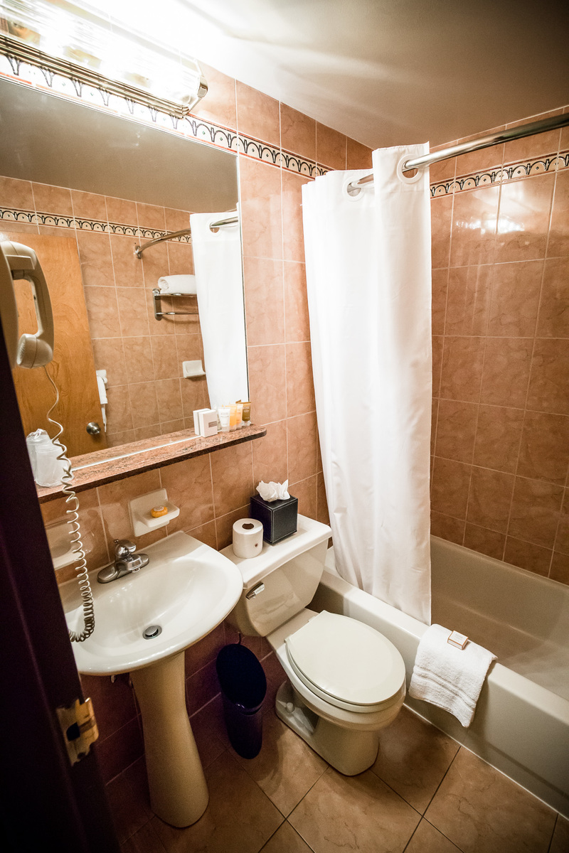 Standard Deluxe Bathroom