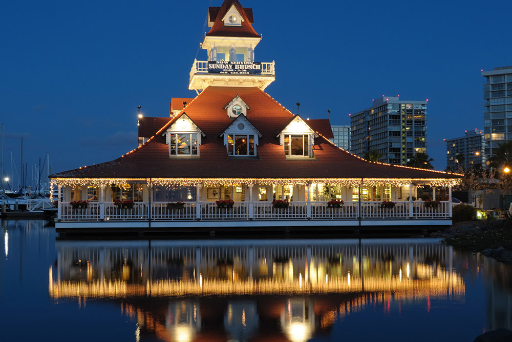 Bluewater Boathouse Seafood Grill